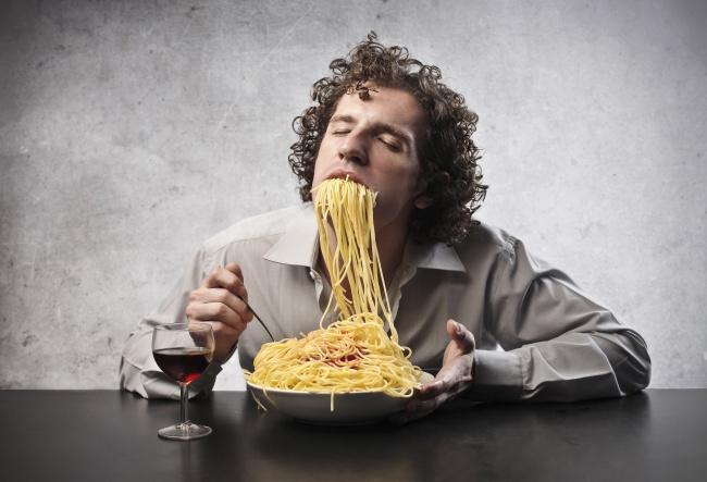5 психологических причин, почему люди не худеют даже со спортзалом и диетами