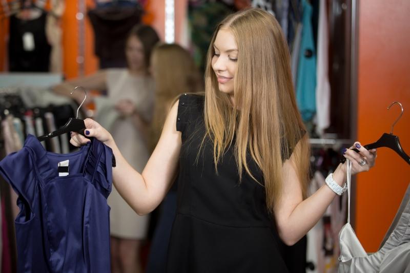 Правила составления гардероба для миниатюрных дам